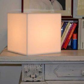 Lampada plexiglass opal cubo diffusore di luce