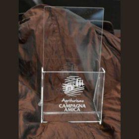 Portadepliant plexiglass logo marcato laser Agriturismo Campagna Amica