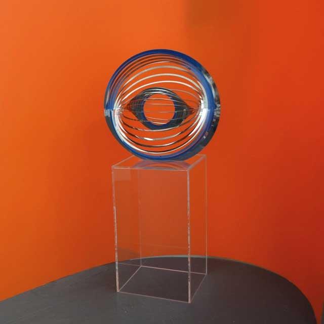 Piedistallo plexiglass portaoggetto decorativo