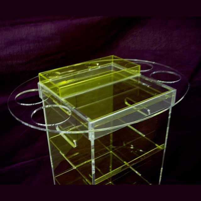 Carrello plexiglass con vassoio removibile ludovic for Plexiglass arredamento