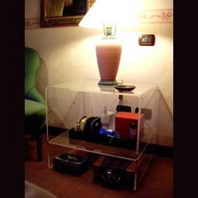 tavolino plexiglass quadrato termoformato 1 ripiano anche comodino