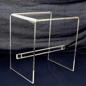 tavolino plexiglass trasp barra appoggia piedi