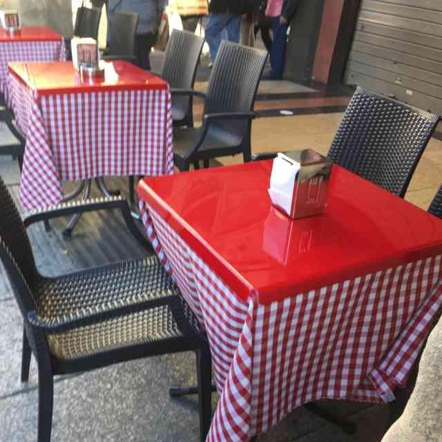 Tovaglie Per Tavoli Da Bar.Copri Tavoli Plexiglass Bar