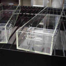 letto plexiglass per clinica veterinaria oncologica