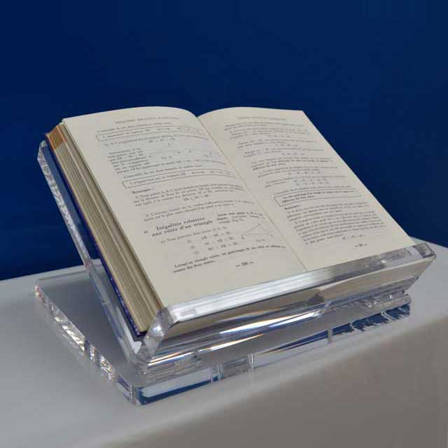 Quanto dura un oggetto di plexiglas ludovic plexiglass - Dove comprare un leggio da tavolo ...